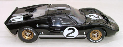 The GT40 first appeared at LeMans in 1964 with 4.2 V8 basically the same engine that took Jim Clark to victory in the following years Indianapolis 500 but ... & Trumpeter Ford GT-40 Mk II 1/12 scale markmcfarlin.com