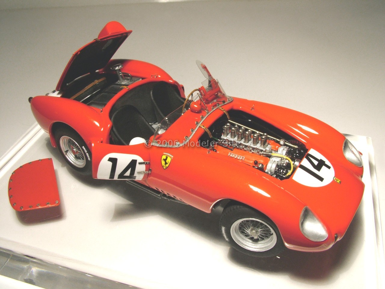 building the ferrari 250 tr 1958 from feeling43 1 43 scale 1 43 scale cars modeler site. Black Bedroom Furniture Sets. Home Design Ideas