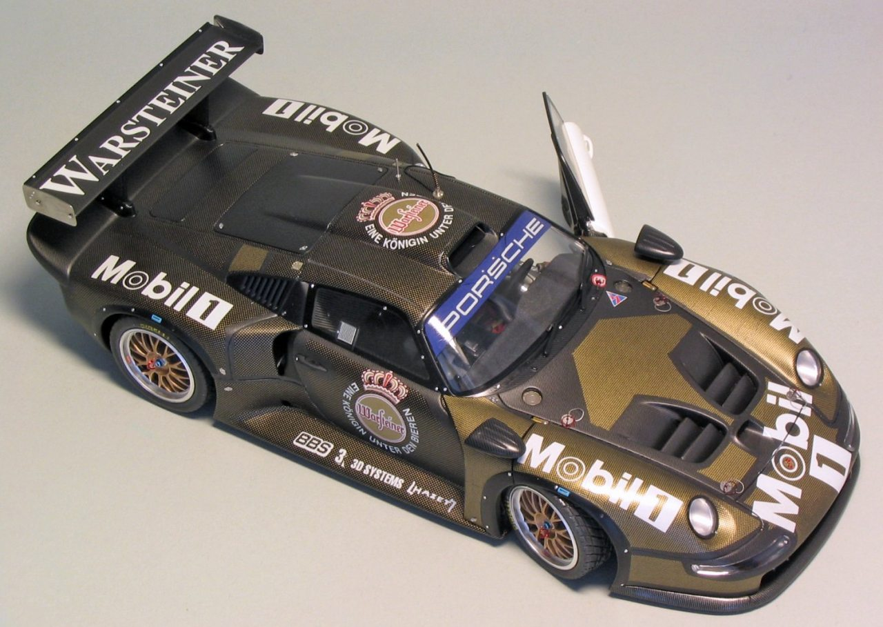 tamiya porsche 911 gt1 1 24 scale. Black Bedroom Furniture Sets. Home Design Ideas