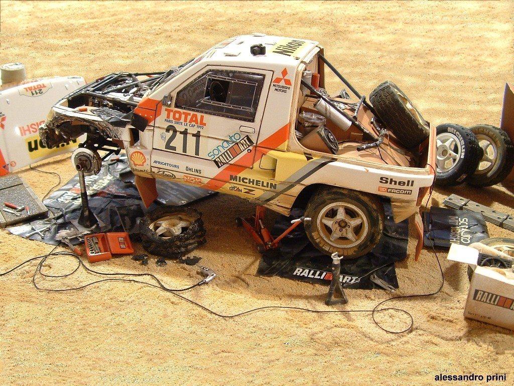 Mitsubishi Pajero Dakar 1992 Tamiya 1/24 scale