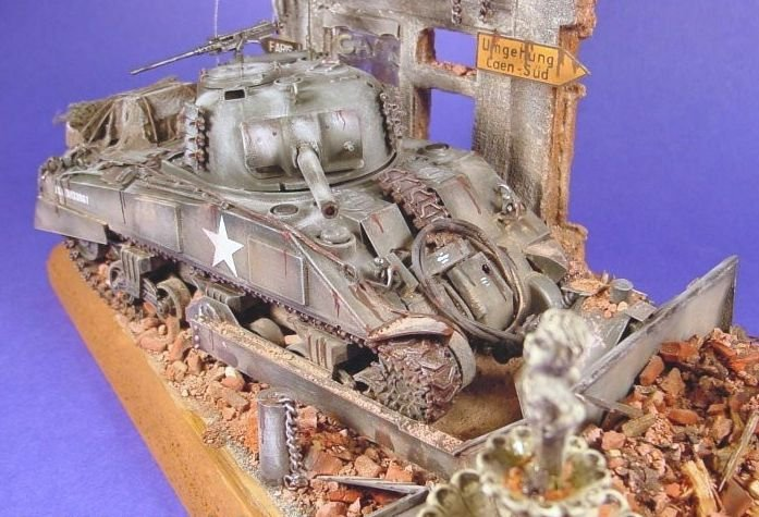 Sherman dozer in France - Diorama 1/35 scale - 1/35 Scale