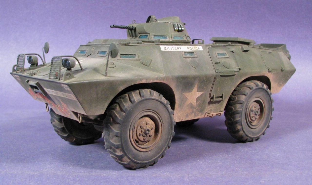 Hobby Boss M706 Commando Armored Car V 100 82418 1 35 Scale