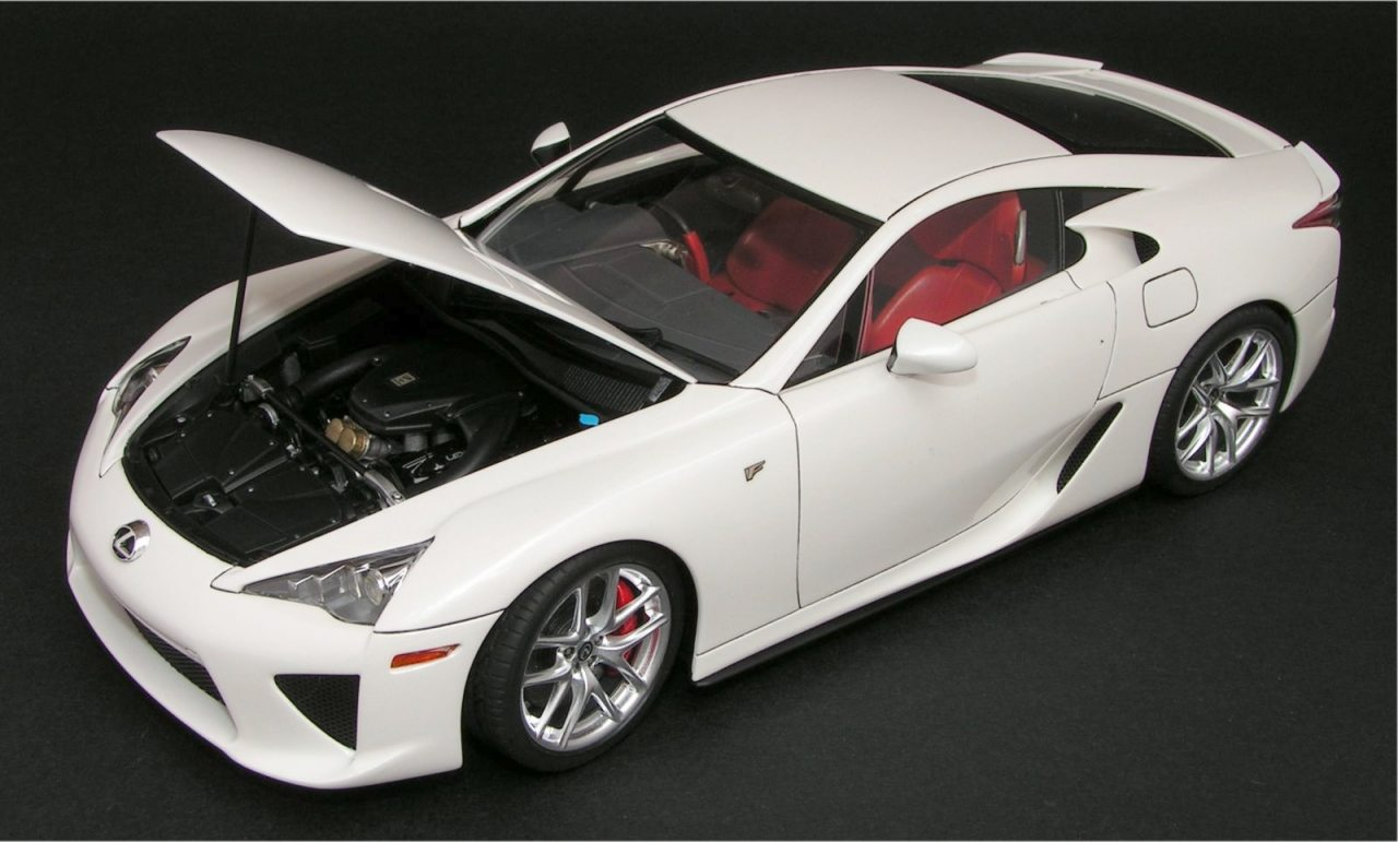 Building the Lexus LFA Tamiya #24319 – 1/24 scale